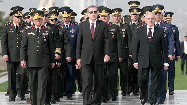'Erdogan busca obtener arma nuclear con ayuda de Rusia y Japón'