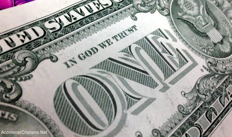 """Lema """"En Dios confiamos"""" en dólar estadounidense"""