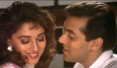 Pehla Pehla Pyar Hain-पहला पहला प्यार हैं (Hum Aapke Hain Koun) Full Lyrics Full Video Song Hd Mp4