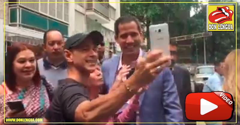 Juan Guaidó recibido como una estrella del cine en el Centro Plaza de Altamira