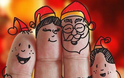 Noël en famille avec des traditions et des méthodes plus écologiques, minimalistes et humaines.