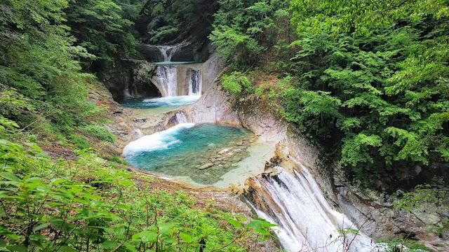 塩山駅から雁坂みちで西沢渓谷まで走り、徒歩で西沢渓谷を一周。雁坂みち~フルーツラインで石和温泉へ戻るサイクリングコース