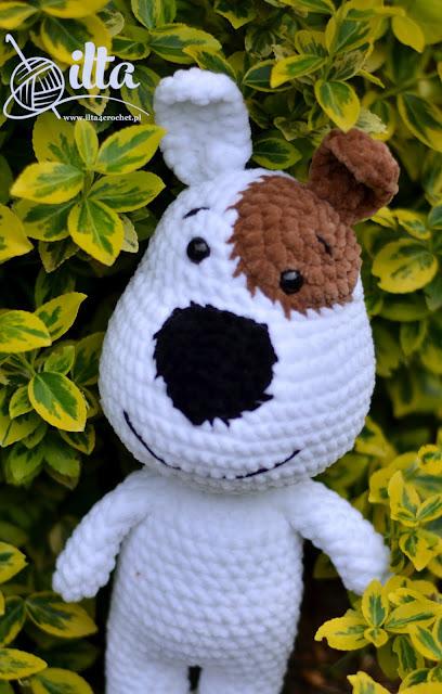 amigurumi crochet dog