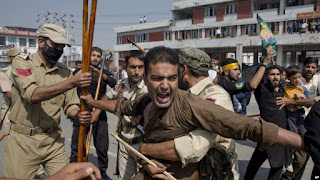 Di Kashmir India, Ritual Asyura Syiah Dibubarkan oleh Polisi