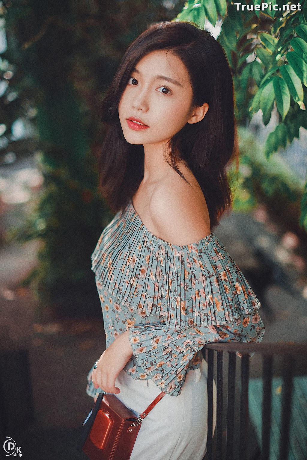 Image Vietnamese Beautiful Girl - Walking Into The Nice Weekend - TruePic.net - Picture-6