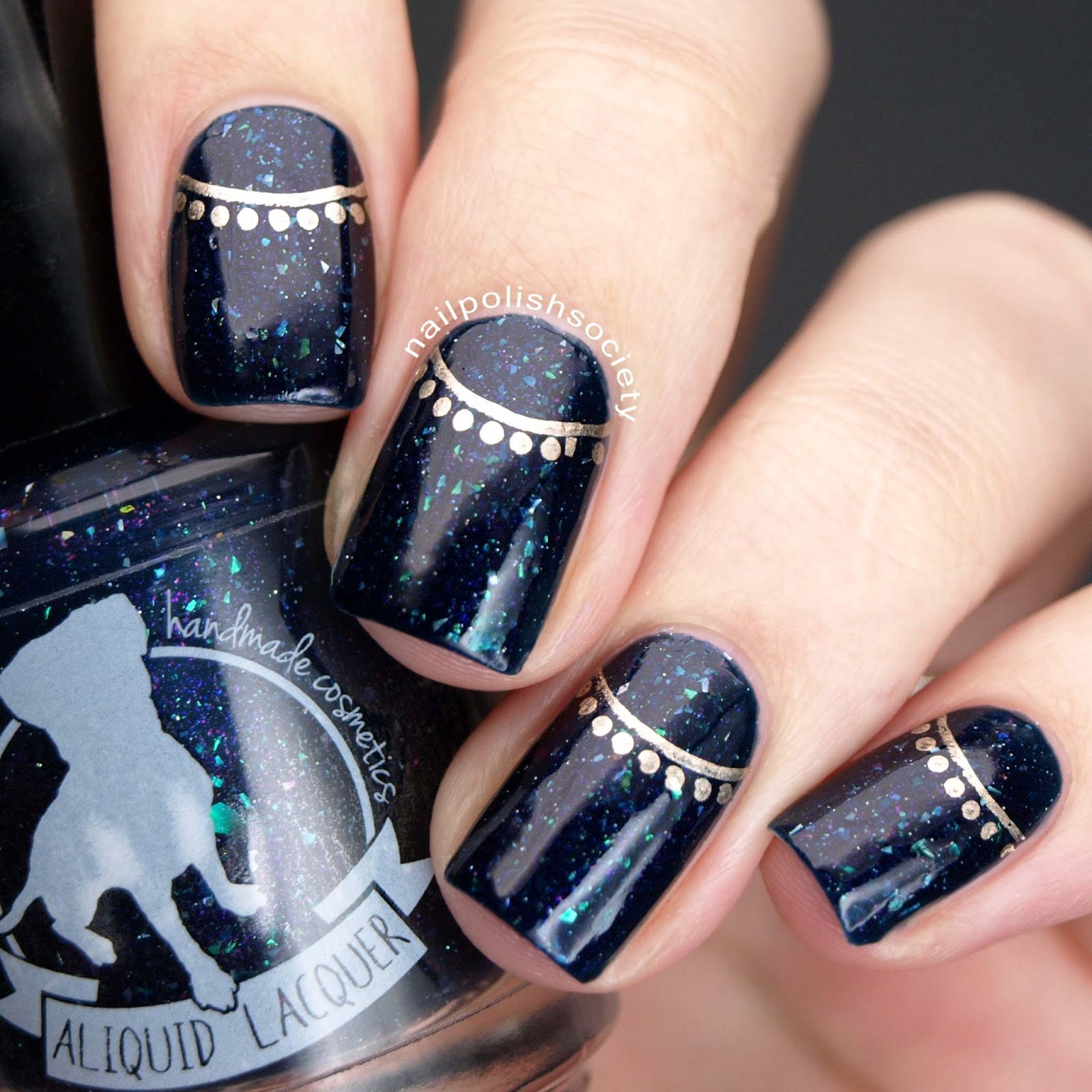 Nail Polish Society: Feeling Royal With ALIQUID Lacquer Can\'t Fight ...