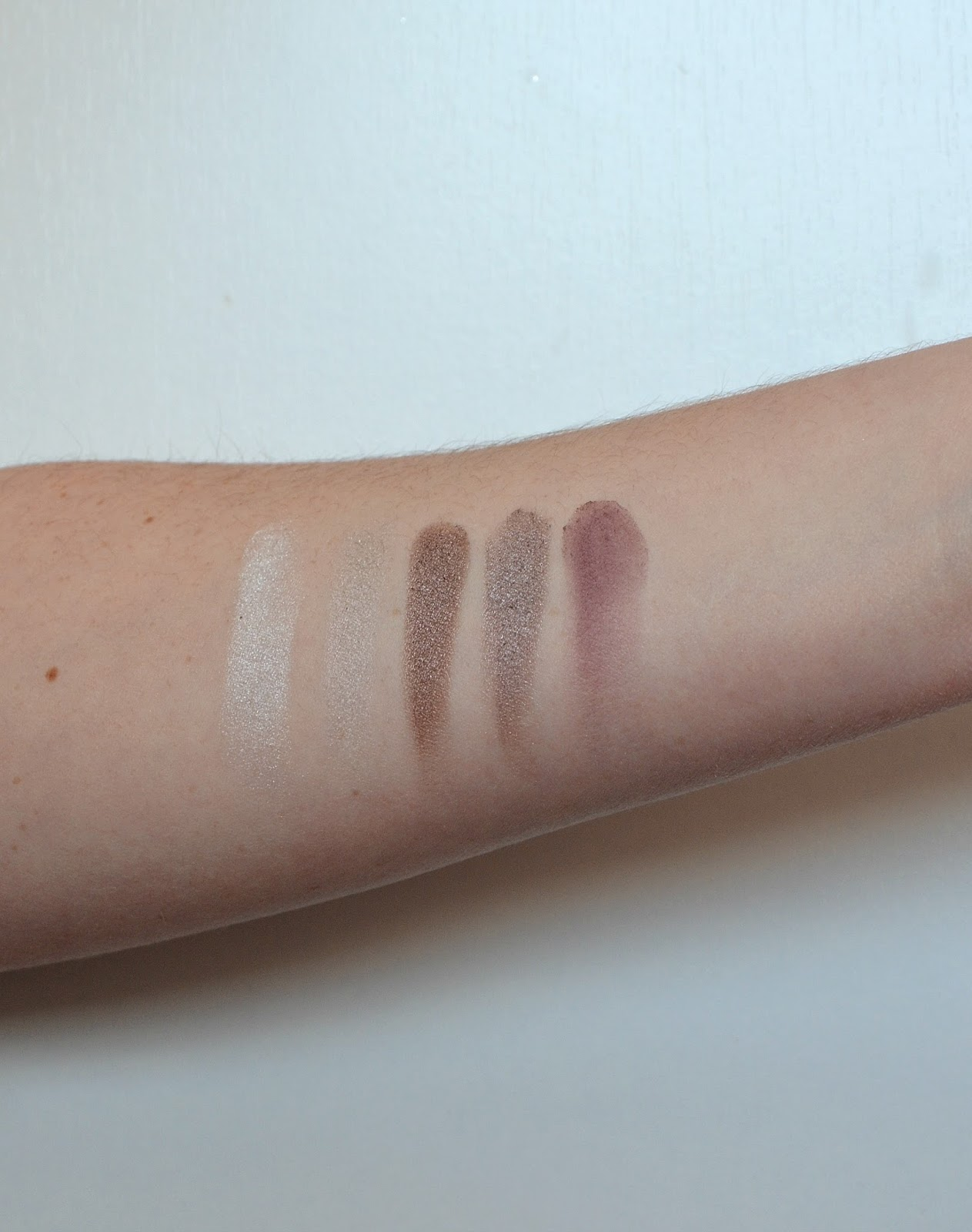 en taupe palette zoeva second line swatch