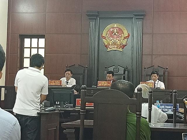 Chủ tọa TAND huyện Sóc Sơn ngắt lời bị cáo hỏi tòa, công lý ở đâu?