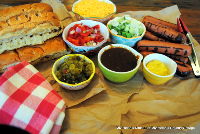 All-American Hot Dog at Miz Helen's Country Cottage