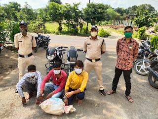 3 शातिर चोर गिरफ्तार, चुराई हुई 2 मोटर सायकिल एवं  किराना दुकान से चुराया हुआ किराने का सामान जप्त
