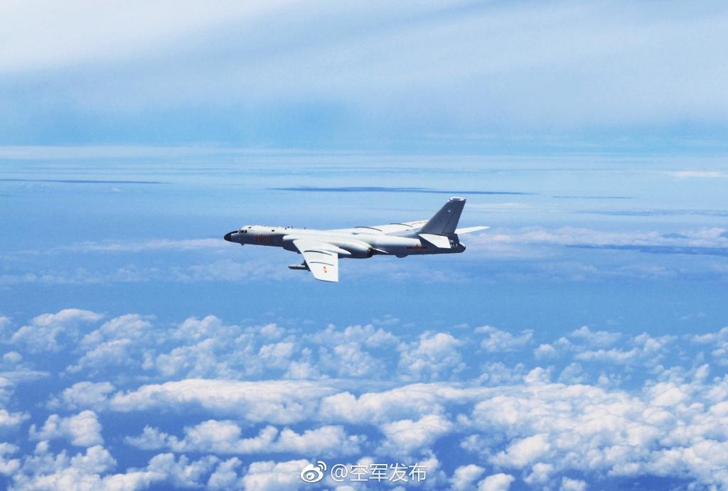aircruise02.jpg