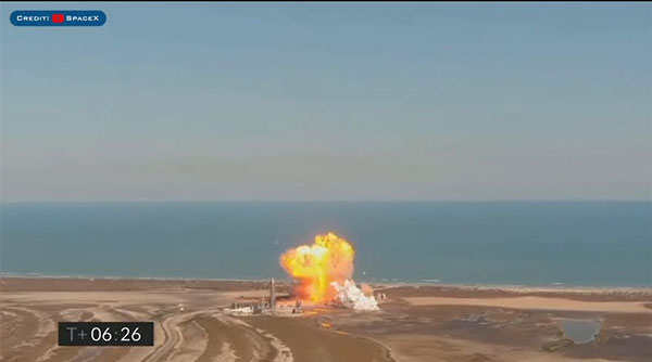 Starship SN9 explodes on landing in Rapid Unplanned Disassembly (RUD)  (Source: SpaceX)