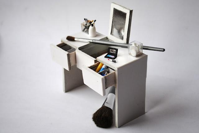 Biała toaletka, white dressing table