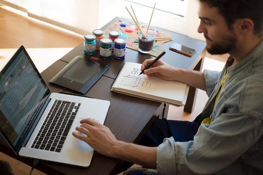 Tips Memilih Laptop Untuk Mahasiswa 2020