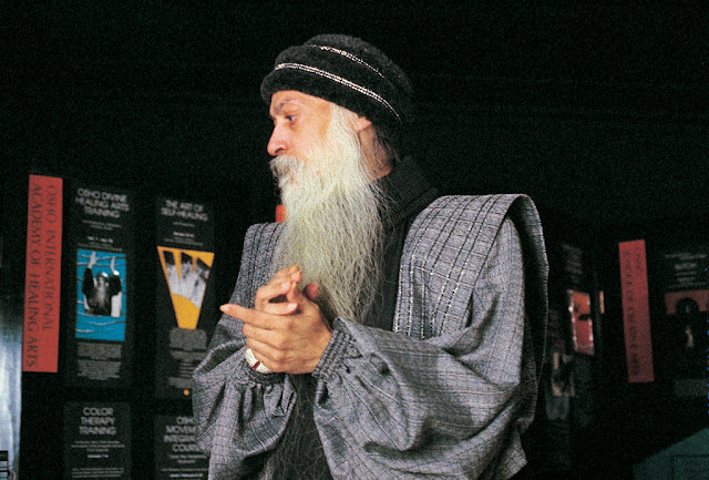 Two-great-wars-reflect-the-deep-insanity-and-insanity-within-us-Osho