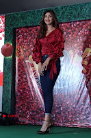 Bollywood Actress Shilpa Shetty Stills in Tight Jeans at Launch Of   0032.jpg