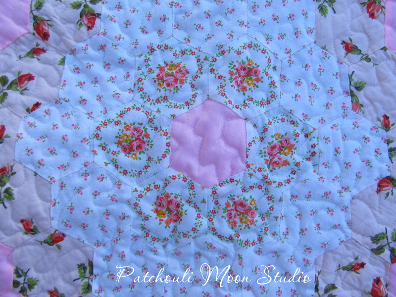 Patchouli Moon Studio Grandmother S Flower Garden Quilt