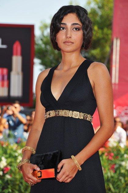 MydeaMedia: Actress banned over Nude photo: ShockingWhy