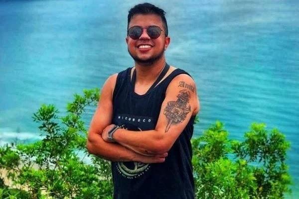 Cantor de 32 anos sem comorbidades morre vítima da Covid-19