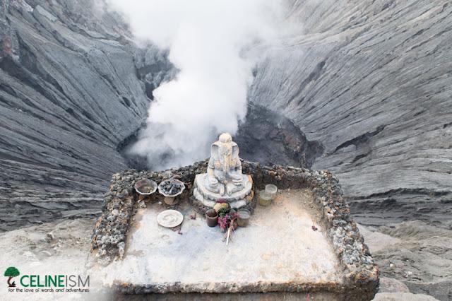mt bromo hindu altar