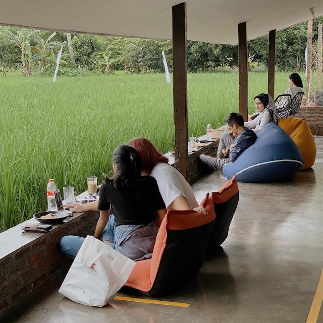 Paddi Cafe and Bistro Cirebon