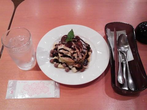 バースデーパンケーキ¥0-2 デニーズ大松店