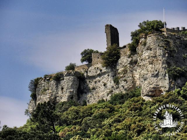 CHUSCLAN (30) - Château-fort de Gicon