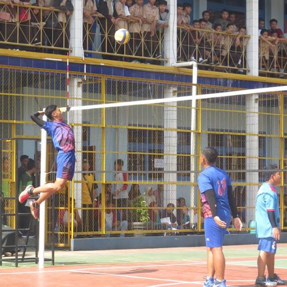 Volley Ball Antar KKM di MAN Cijantung