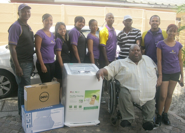 Hollywoodbets Vasco donated various items to abandoned and disabled children at the Sive Nathi Respite Care Centre in Blackheath, Western Cape