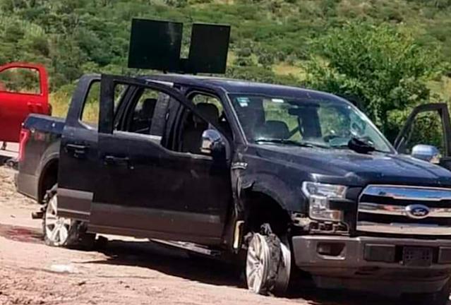 VIDEO.-  Sicarios los agarraron en curva así fue la emboscada donde dejo 6 policías muertos y 7 heridos en Durango