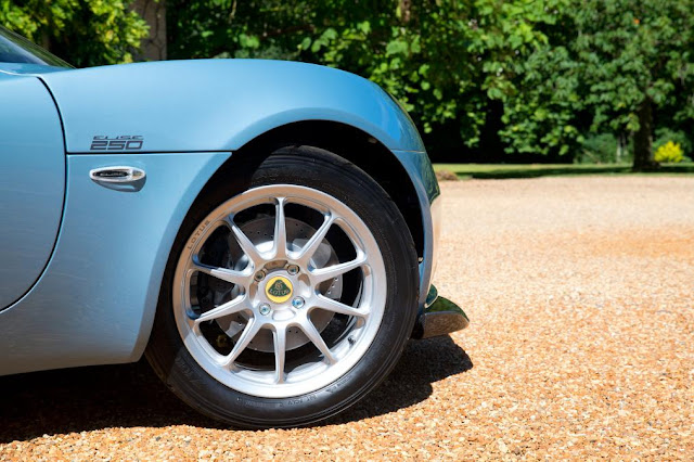 lotus Elise 250 Limited & Special Edition wheel view