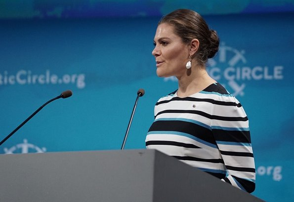 Crown Princess Victoria wore a printed midi dress by Dolce & Gabbana. In2Design Baroque Pearl earrings Kate Middleton