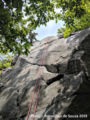 ship's prow, rock climbing, ratttlesnake rocks, blue hills reservation