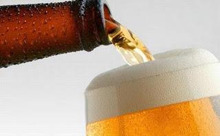 Έφτιαχνε μπύρα μέσα στο στομάχι του και ήταν μονίμως μεθυσμένος