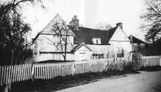 Photograph of Muffets (Moffats) Farm at the beginning of this century.