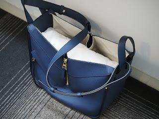 ロエベのハンモックアマソナ バッグをお買い取り致しました