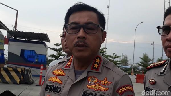 4 Fakta Percekcokan Polisi PJR Vs Sopir Ekspedisi di Tol Japek