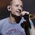 Chester Bennington, Vokalis Linkin Park Ditemui Mati Bunuh Diri dengan Tali Gantung