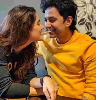 Priya Bapat Husband