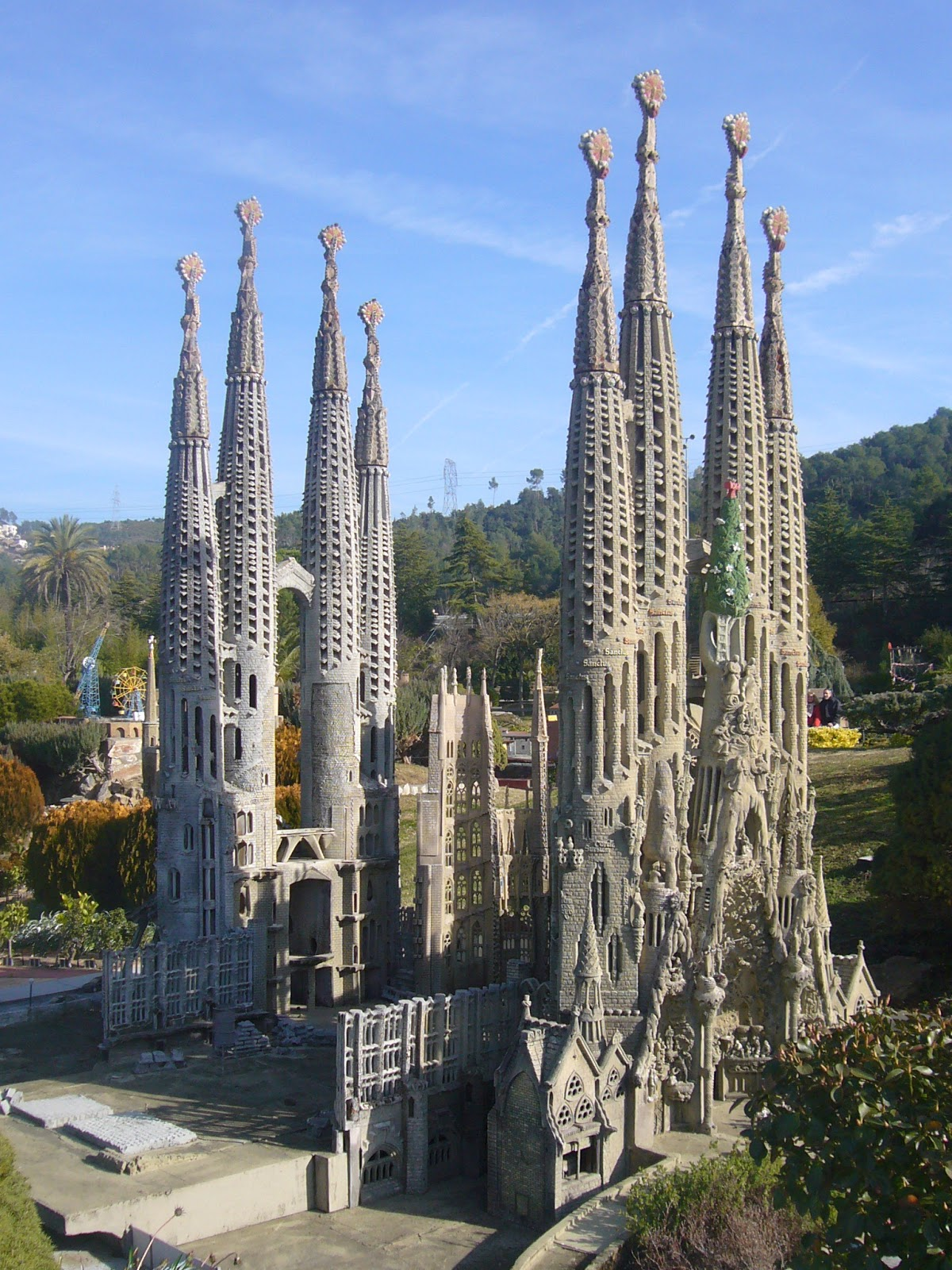 5 five 5 sagrada familia barcelona spain for La sagrada familia en barcelona