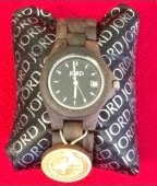 http://stacytilton.blogspot.com/2014/11/holiday-gift-guide-wood-watches-by-jord.html