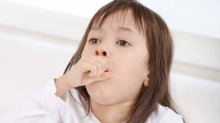 10+ Merk Obat Batuk Anak Yang Bagus dan Aman