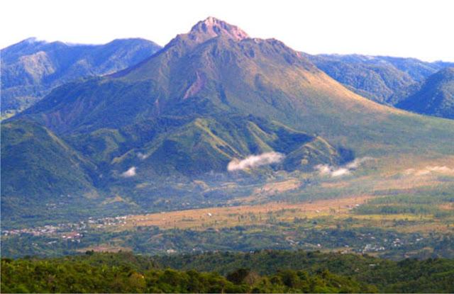 Gunung di Aceh