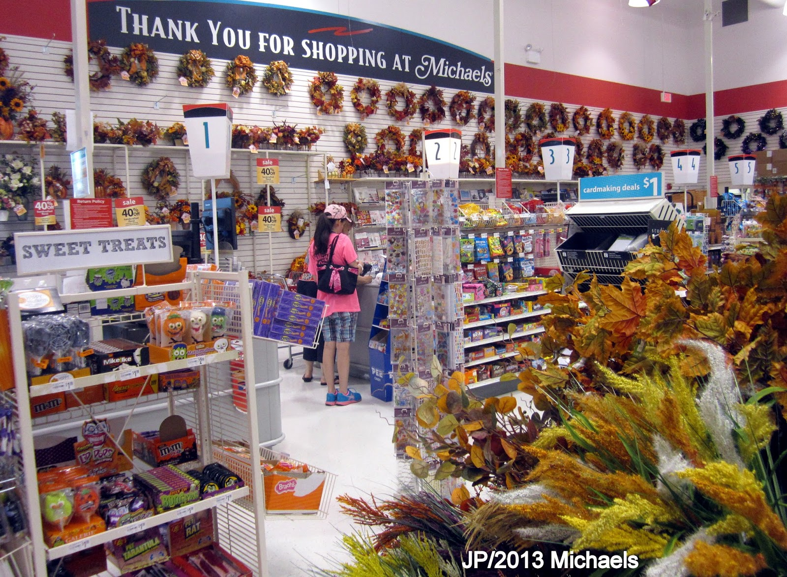 Click on the links above to use our Michaels store locator. This retailer has everything a customer could need for their next DIY project. With more than 40, products, hobbyists can get essential supplies to create all kinds of arts and crafts. Since there are over 1, locations across America, finding a Michaels near you is easy.