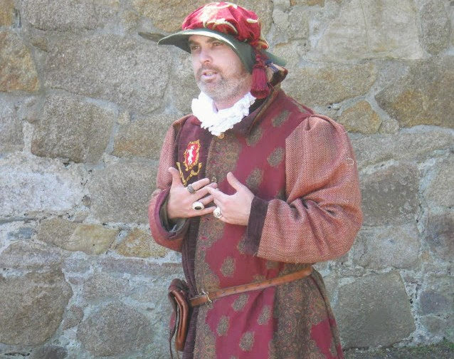 Bray to Greystones and More Day Trip: Dalkey Castle actor in Dublin Ireland