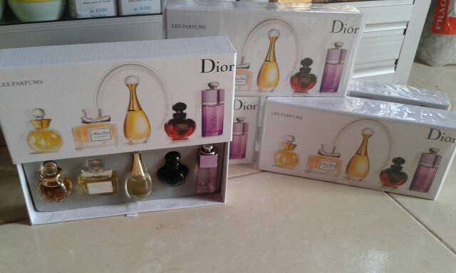 PARFUM DIOR MINI SET Cristian Dior Parfums