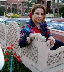 سيدة اعمال سورية مقيمة فى السعودية ابحث عن زوج طيب جاد ذكي متفاهم ميسور الحال
