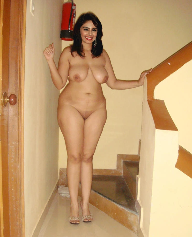 Nude pic of bollywood actress