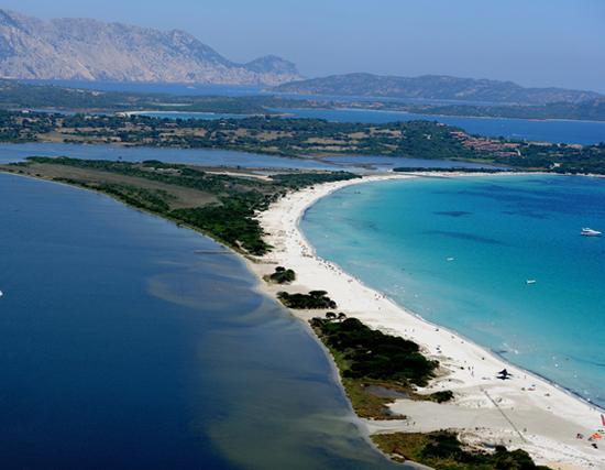 Spiaggia di La Cinta - San Teodoro