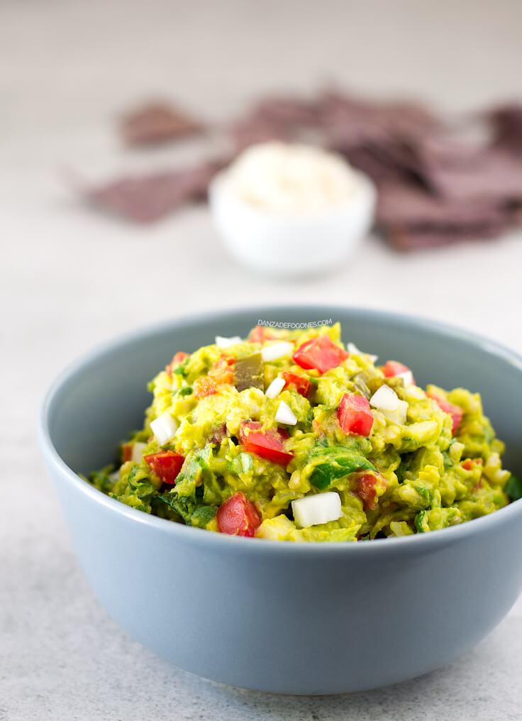 Guacamole and rice salad | danceofstoves.com #vegan